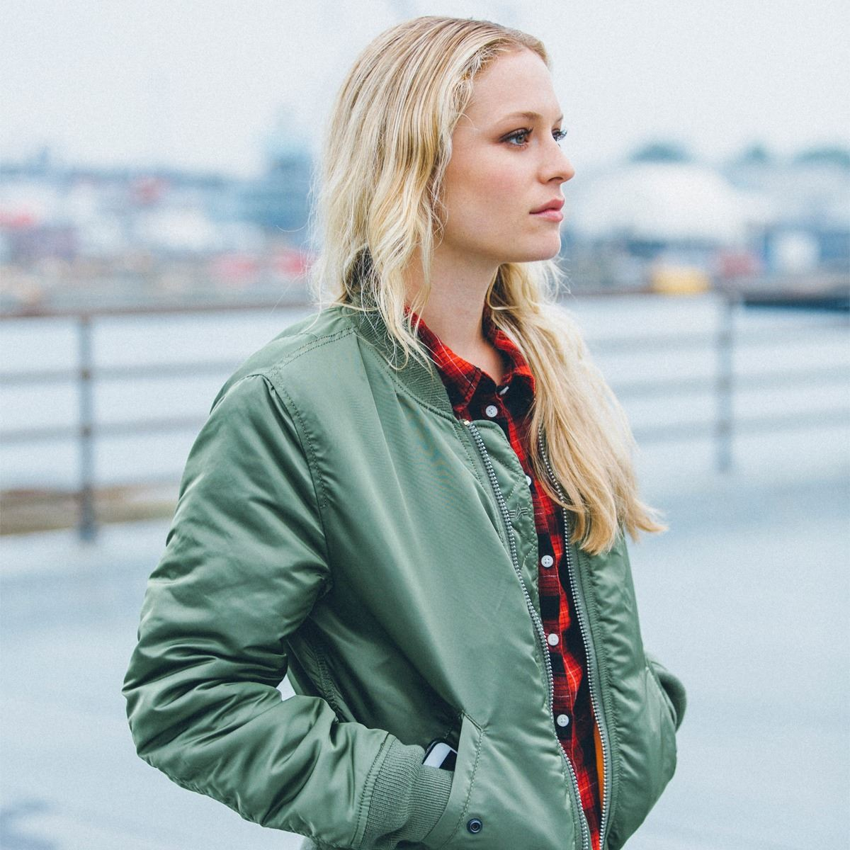 ... Picture of ALPHA INDUSTRIES WOMEN S MA-1 FLIGHT REVERSIBLE BOMBER NYLON  JACKET COMMANDER RED c804941d94a7